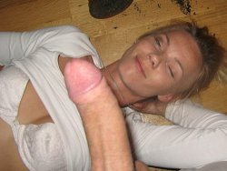 Drunk MILF wife wants to get mouthfucked hard