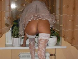 Pretty bride gets lots of anal fucking on her honeymoon