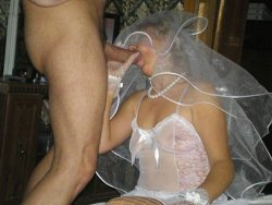 Mature amateur bride giving blowjobs