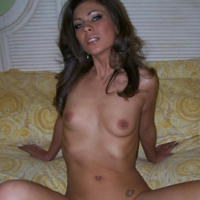 Amateur Wife Poses for Husband