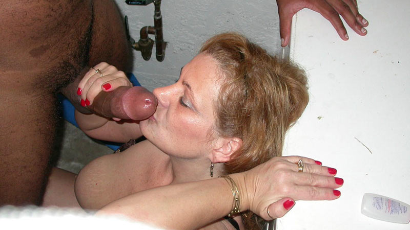 Naked milf threesome