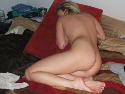Sex pics of a slutty blonde MILF