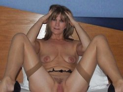 Mixed pics of nude amateur wives and naked MILF sluts