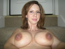 MILF has big boobs and huge nipples