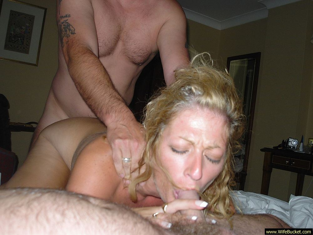 Real mature wife fucking