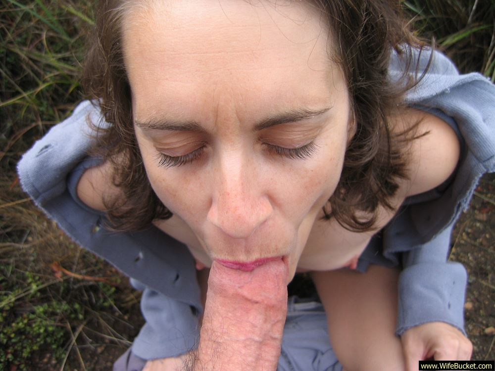 outdoor blowjobs milf Nude