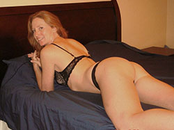 Head HD red Mature wife