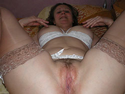 Nude pics of a chubby amateur wife