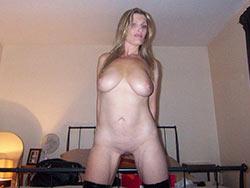 Bigtit amateur wife nude selfie pic