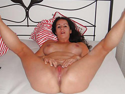 Rich MILF wife naked and spreading