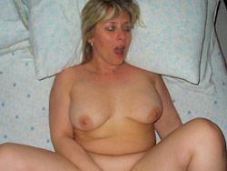 Homemade sex photos of real mature slut