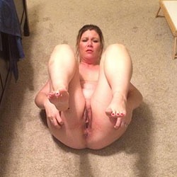 Homemade naked pics of a real amateur wife