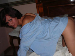 Honeymoon sex pics from a real amateur couple
