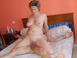 Real mature wife homemade porno