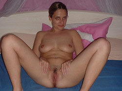 Pictures of a naked amateur wife