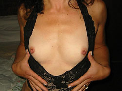 Divorced wife naked in the hotel