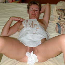 Naked pictures of an older amateur wife