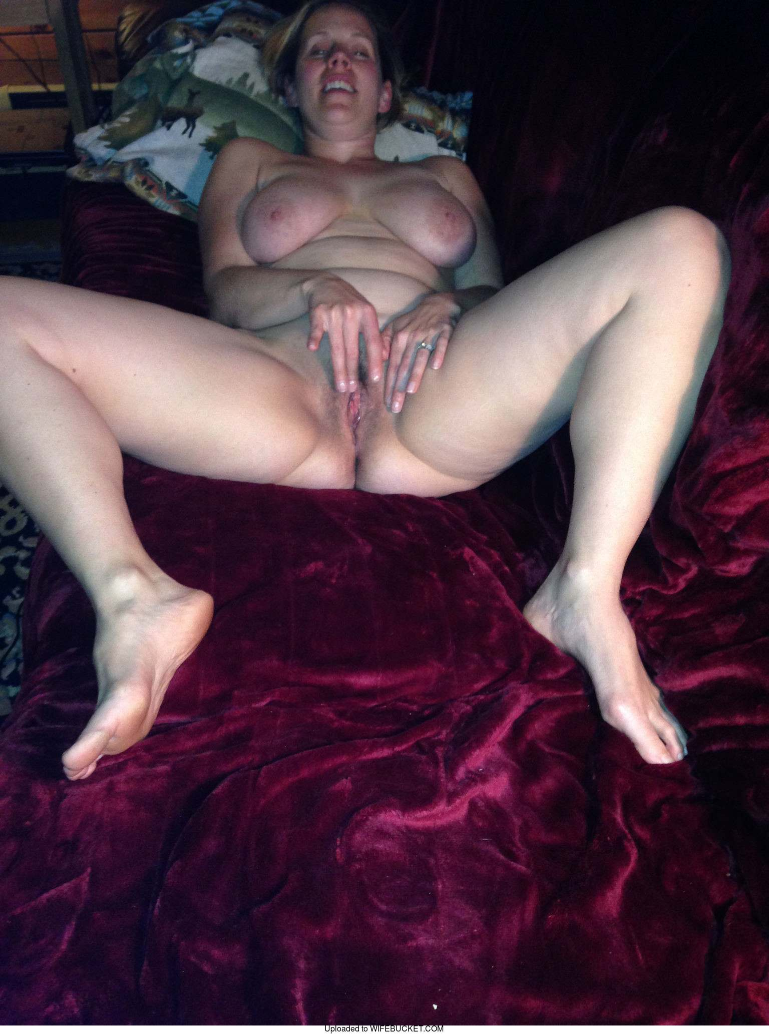 Married Milf Pics