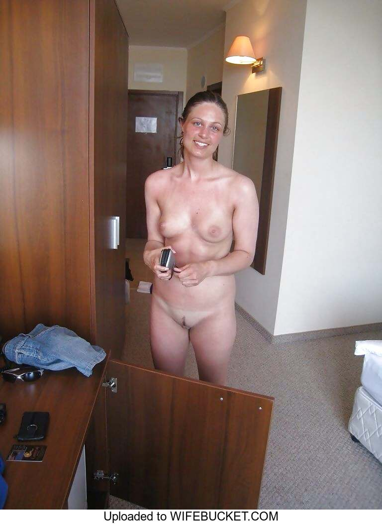 amateur everyday home nude