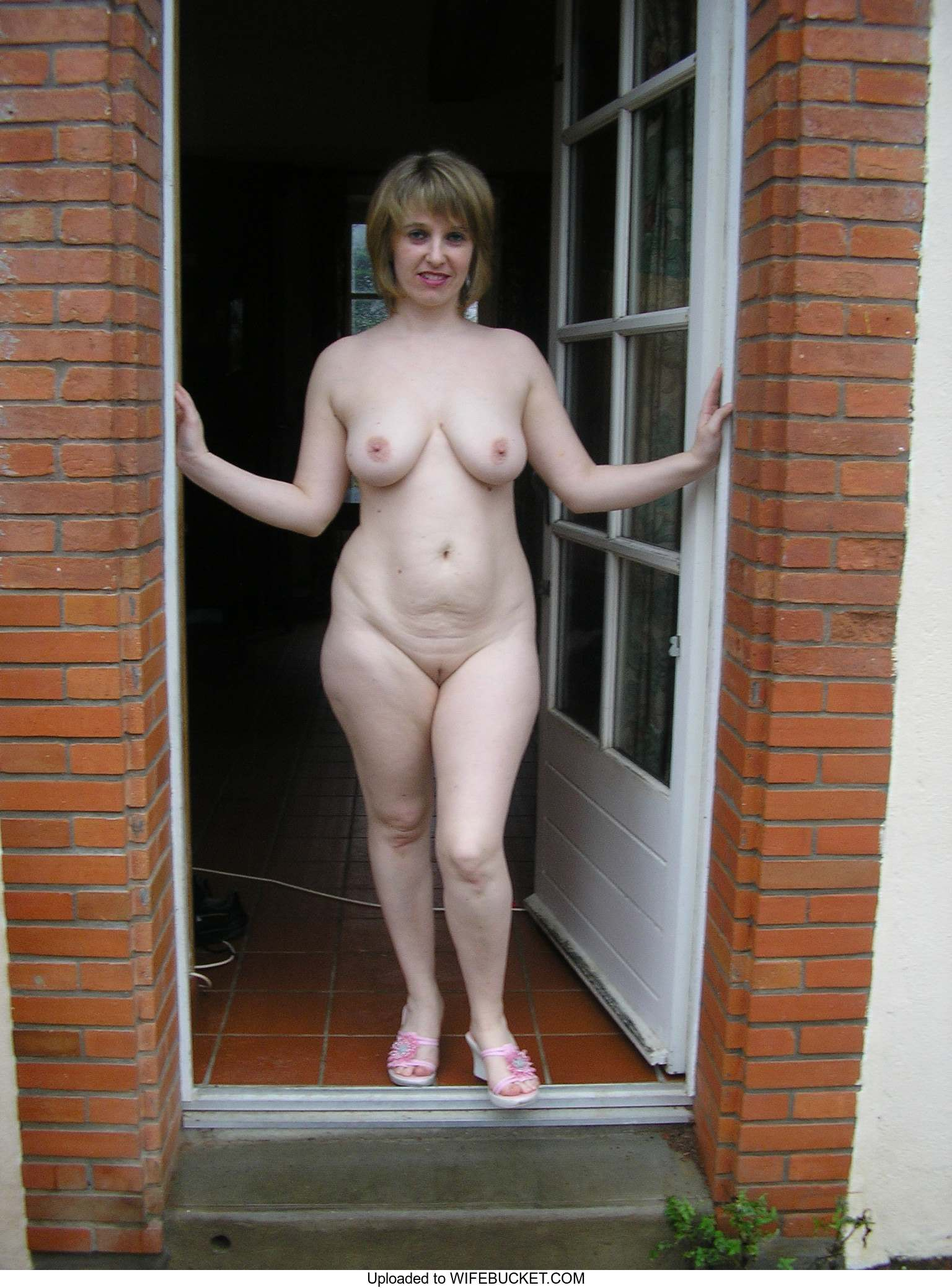 Nude Wives And Milfs Archives  Wifebucket  Offical Milf Blog-4228