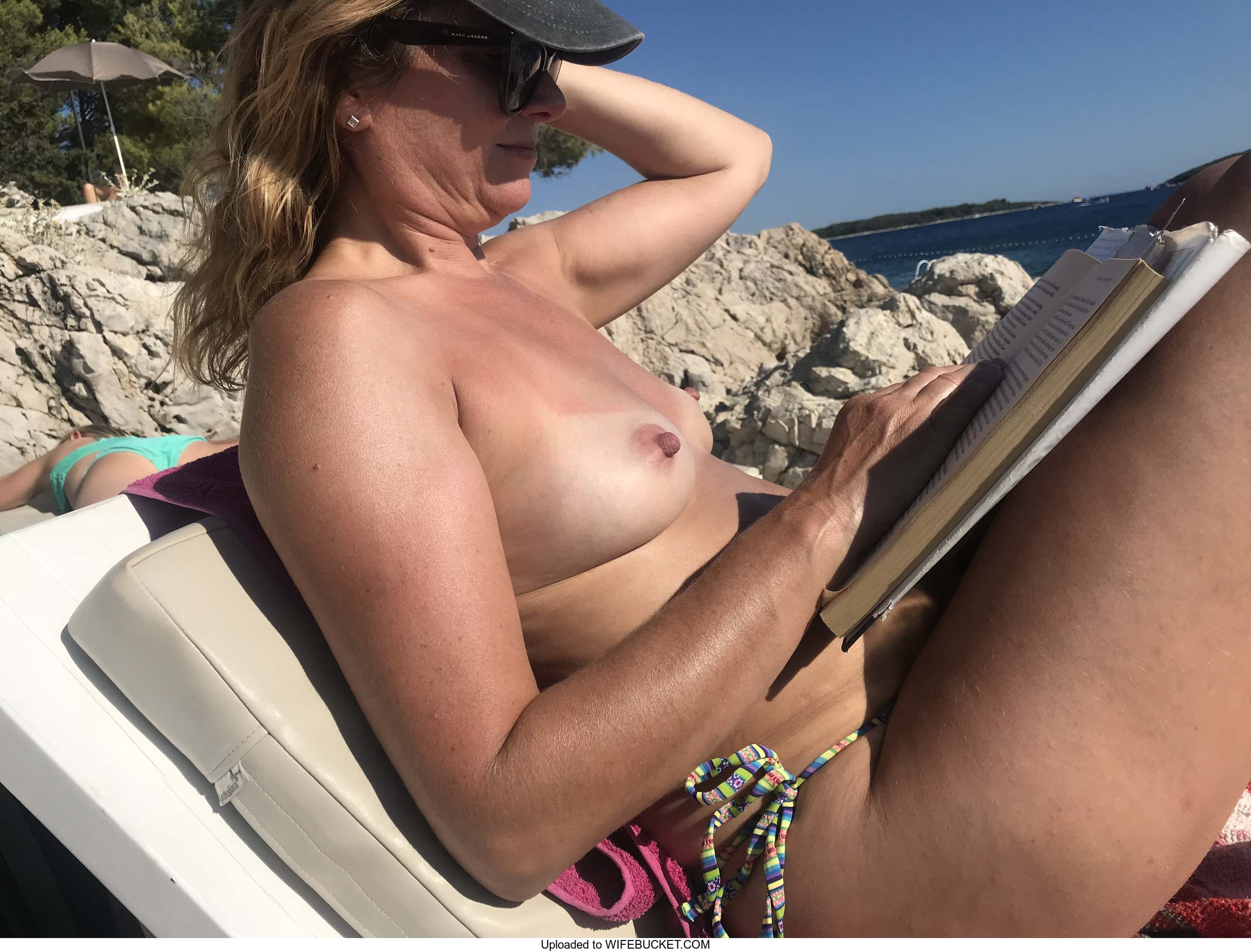 Wife exposed nude