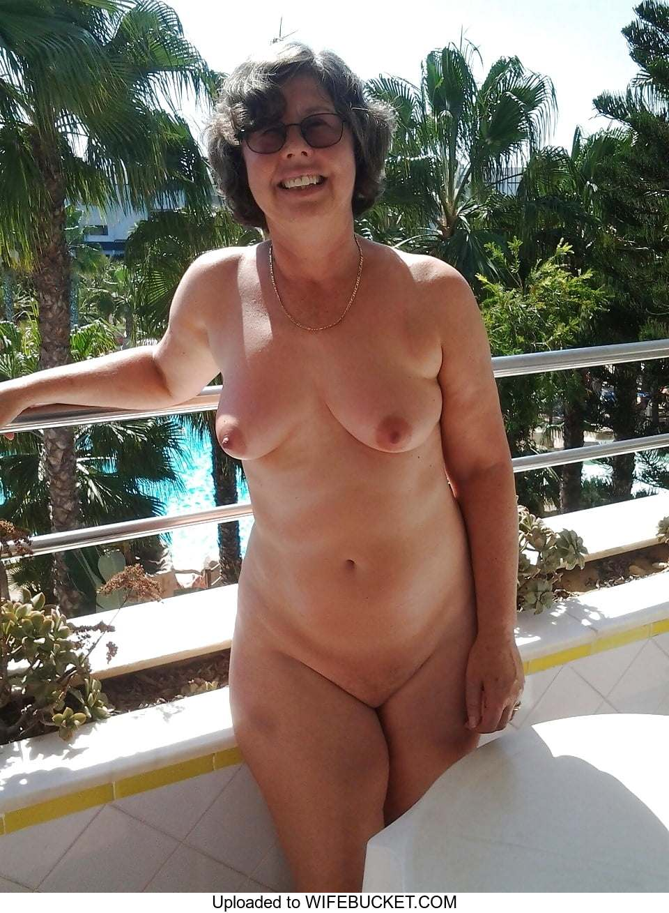 Mixed Photos Of Their Wives Naked And Exposed  Wifebucket -4481