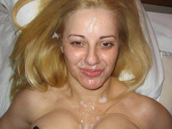 WifeBucket Pics | Big facial cumshot for a slutty older wife