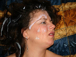 WifeBucket Pics | Amateur MILF gets a monster facial