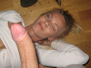 Betty is a hot wife over 40 who loves to party like it's the 90s and Spice Girls are still the bomb. Brian doesn't mind because after a few drinks, his MILF gets all horny and wet and he gets to fuck her anyway he wants for as long as possible. And what Brian REALLY loves is blowjobs 😉 Scroll down and get more pics of this wife getting fucked in the mouth for a while until she almost passes over and then gets a huge facial cumshots 😉