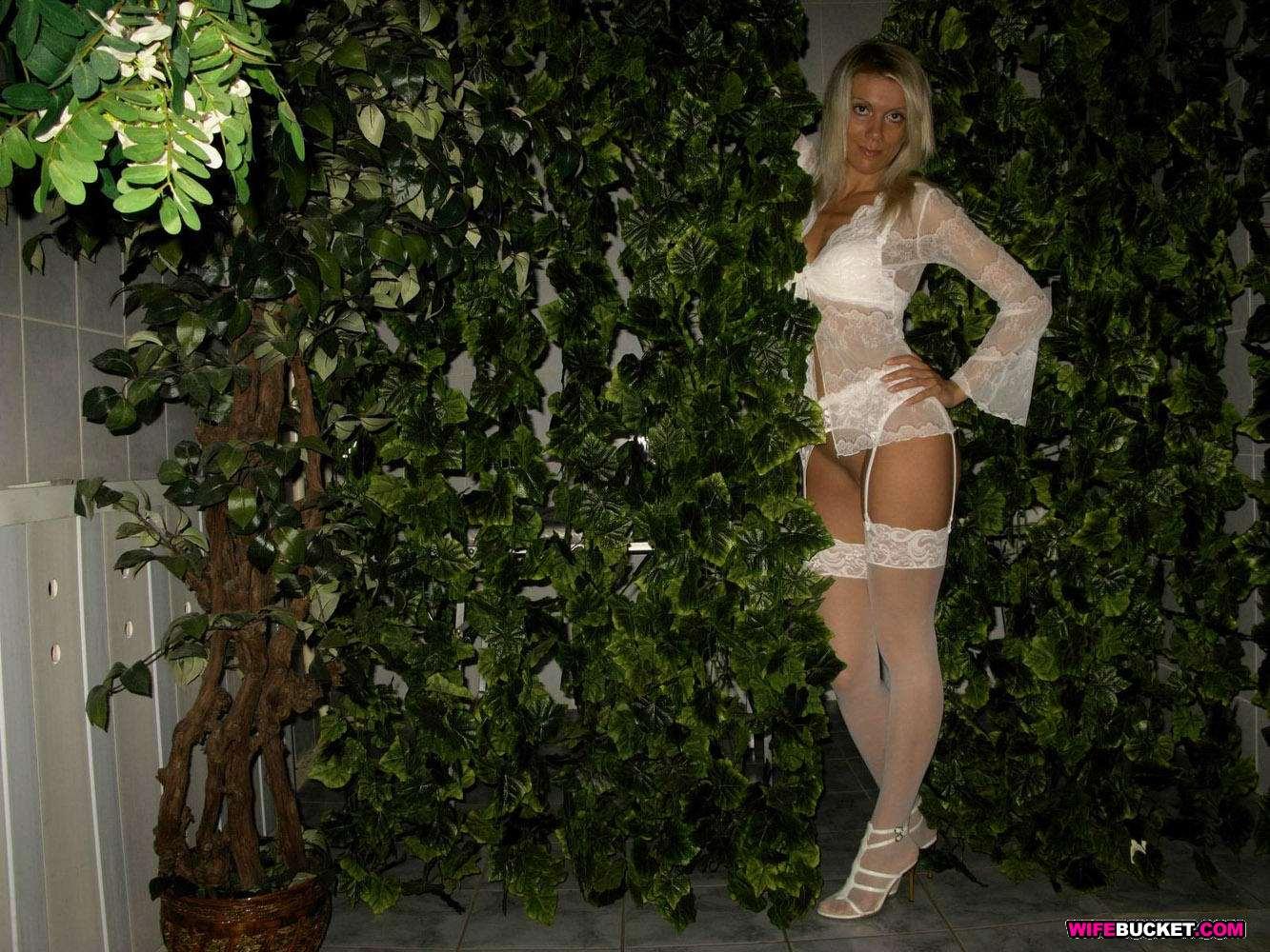 Slutty bride nude outdoor