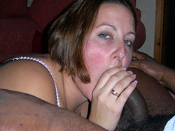 Sex pics of white MILF getting blacked