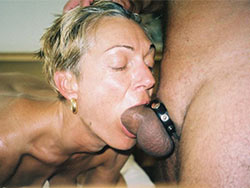 WifeBucket Pics | Deepthroat blowjob from real MILF