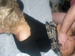 WifeBucket Pics | MILF gets her mini skirt pulled over for a quickie