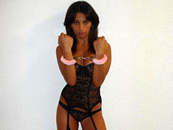 WifeBucket Pics | Real hooker posing naked