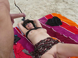 WifeBucket Pics | Nude pictures of a hot mature wife
