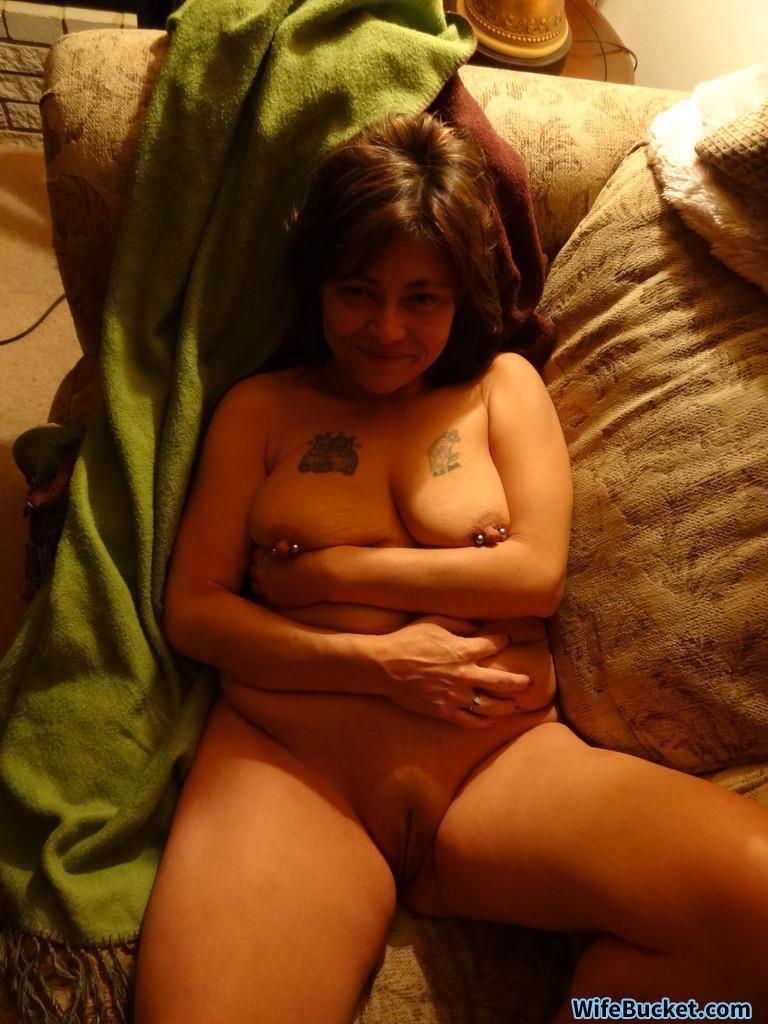 Mature amateur naked