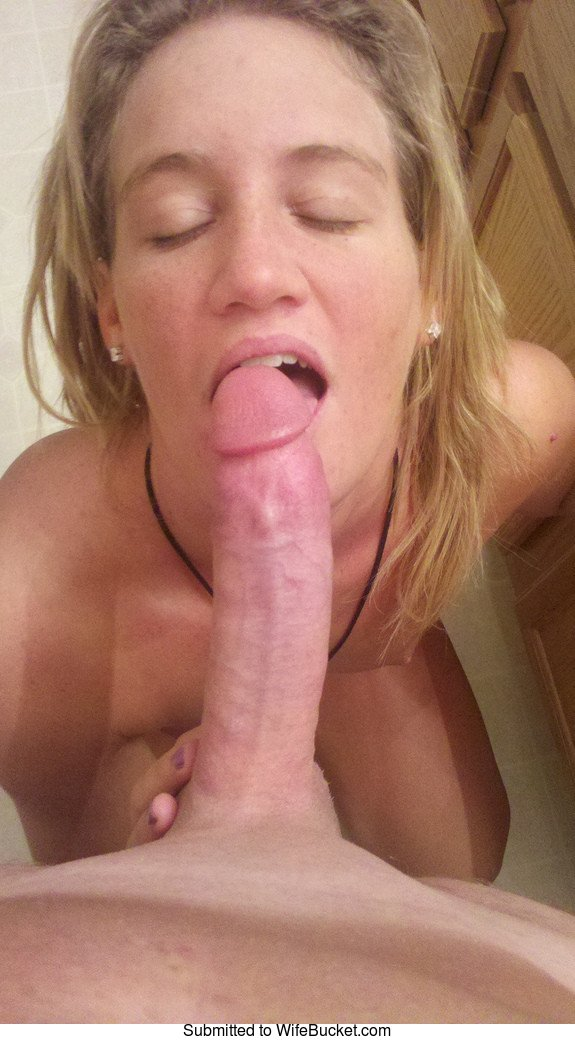 Wife blowjobs gallery