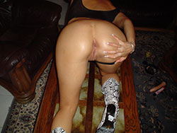 MILF wife gets her black thongs pulled aside for a quickie