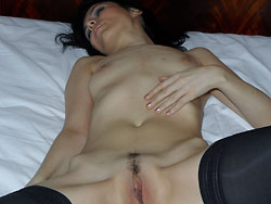 Classy and sexy mature wife gets naked in the hotel