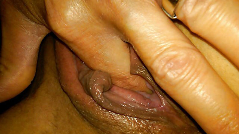 Selfie of a bored wife when fingering her pussy