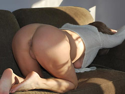 WifeBucket Pics | Home-made nudes of a real amateur wife