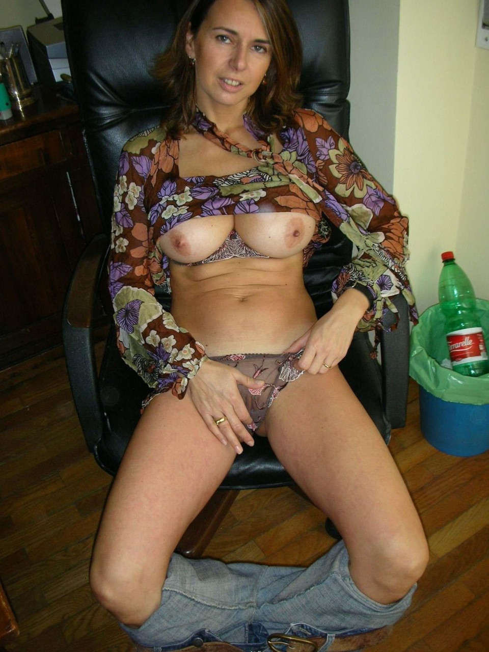 Real Amateur Wives Naked