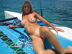 Naked photos of real wives and MILFs
