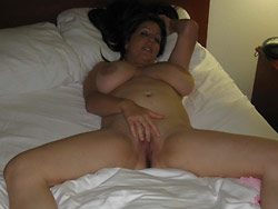 WifeBucket Pics | Naked amateur wives