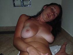 WifeBucket Pics | Real wife nude pics