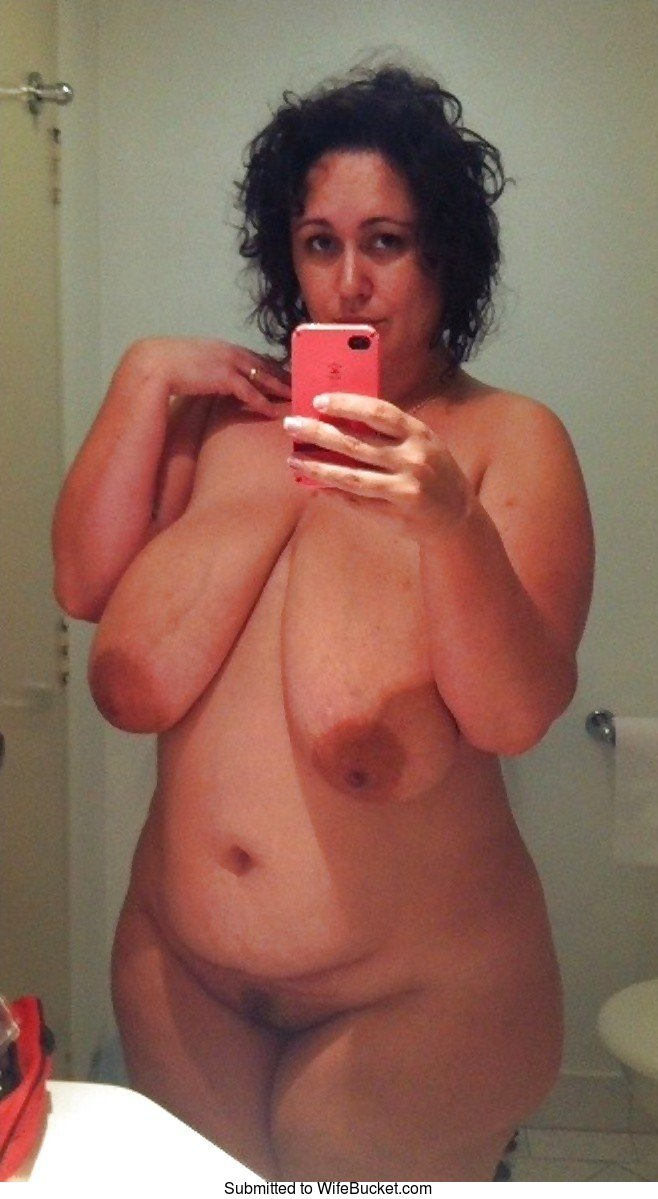 Wifebucket  Naked Selfies And Mirror Nudes From Real -6751
