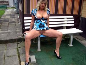 WifeBucket Pics | wife naked outdoor