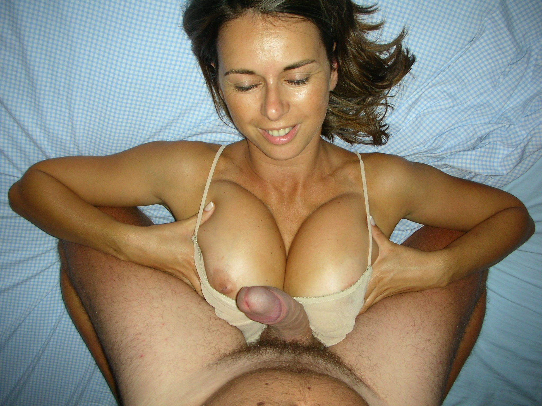 Motorboating a pair of big boobs with your cock