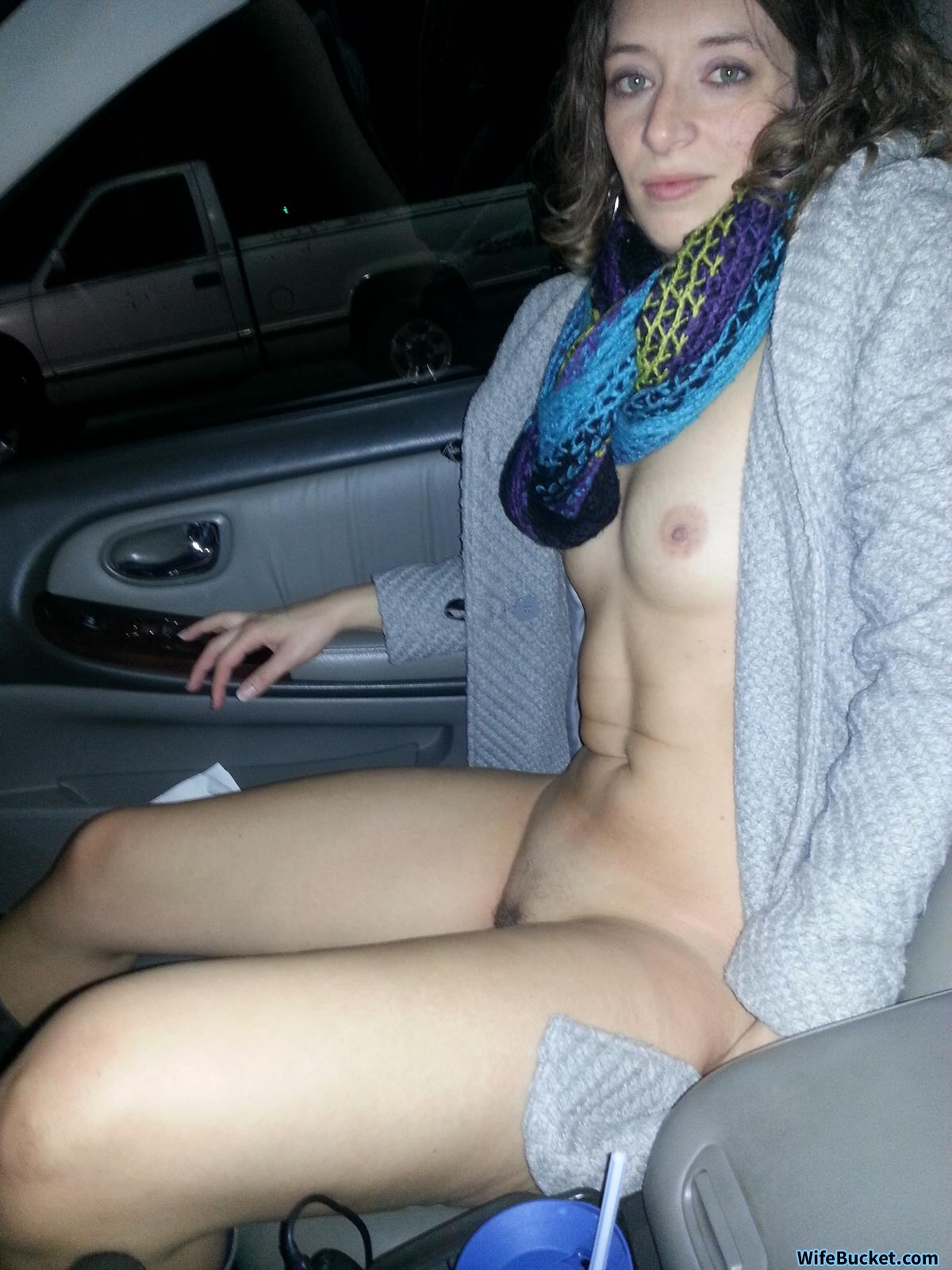 MILF wife naked in car