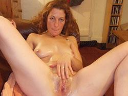 Redhead MILF masturbation pics